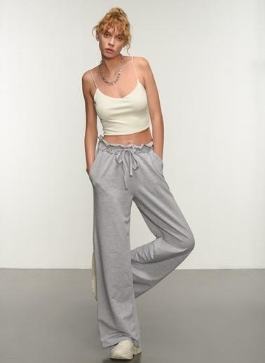 People By Fabrika People By Fabrika Kemer Detaylı Kadın Pantolon Gri